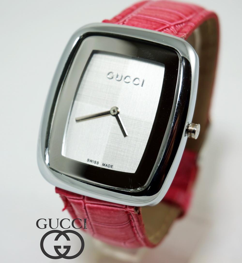Gucci Kotak Pink
