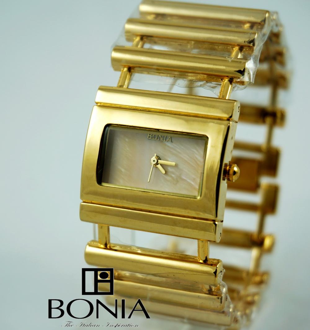 Bonia Tangga